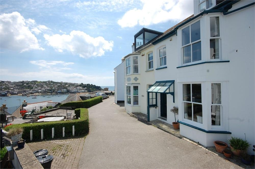 3 Bedrooms Terraced House for sale in Harbour View, Fowey, Cornwall