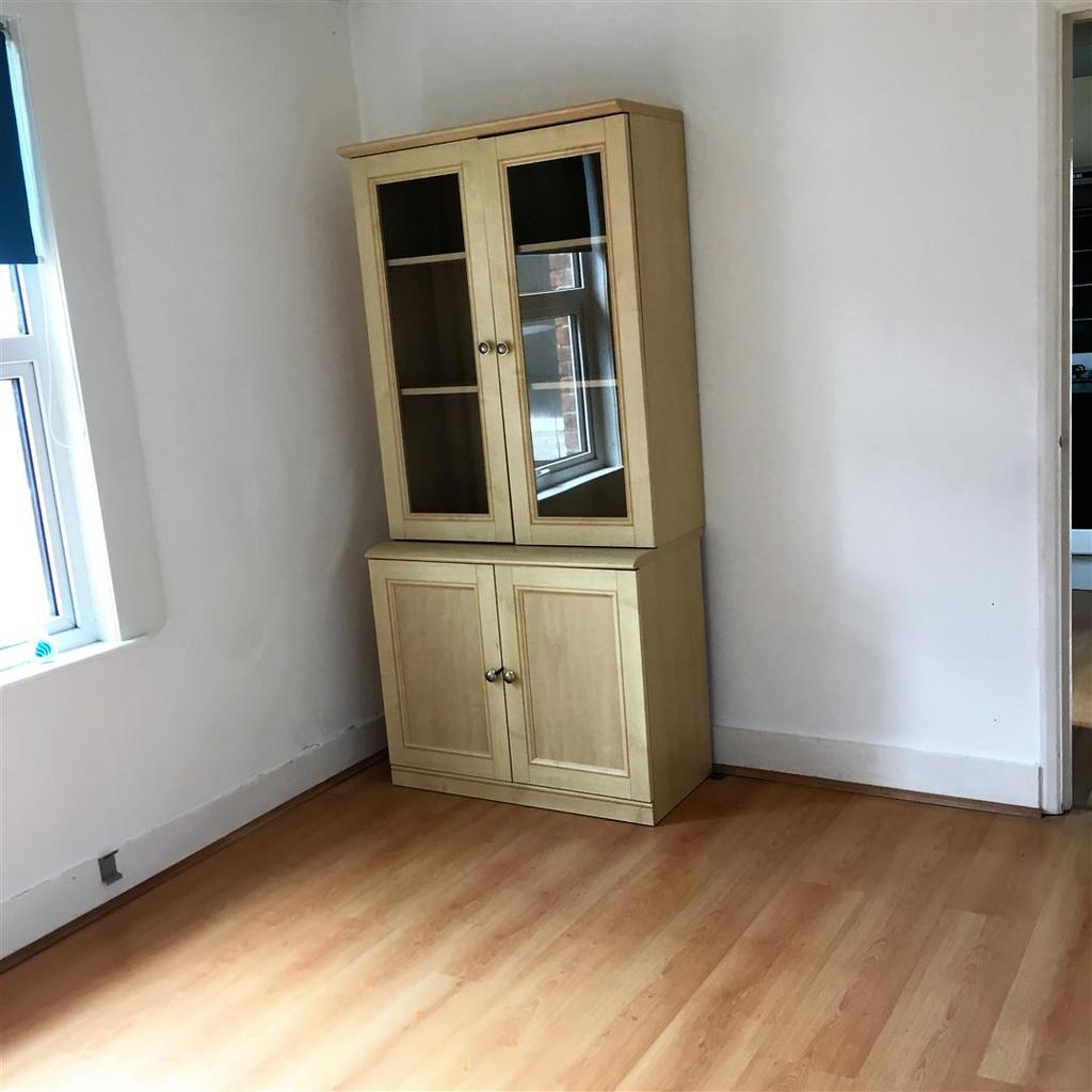 1 Bedroom Maisonette Flat for sale in Institute Road, Aldershot