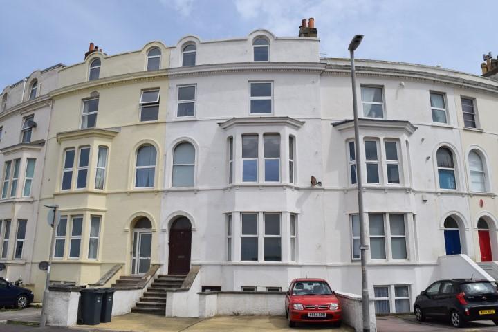 4 Bedrooms Maisonette Flat for sale in Esplanade, Burnham-On-Sea