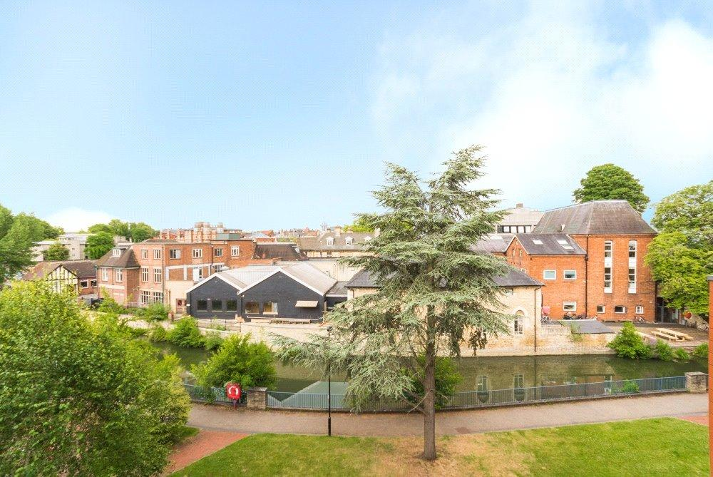 2 Bedrooms Flat for sale in The Stream Edge, Fisher Row, Oxford, Oxfordshire, OX1