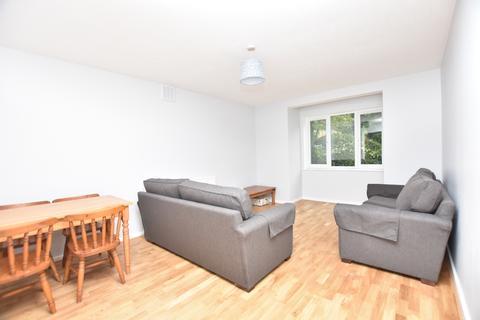 2 bedroom flat to rent - Walerand Road London SE13