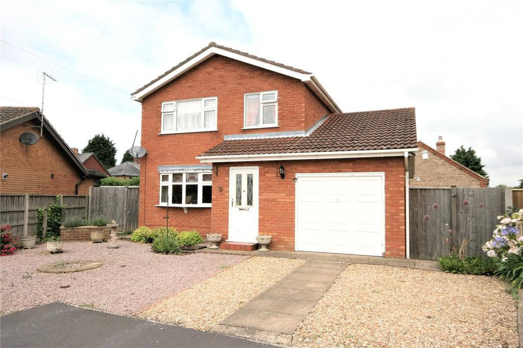 3 Bedrooms Detached House for sale in Creewood Close, Holbeach, PE12