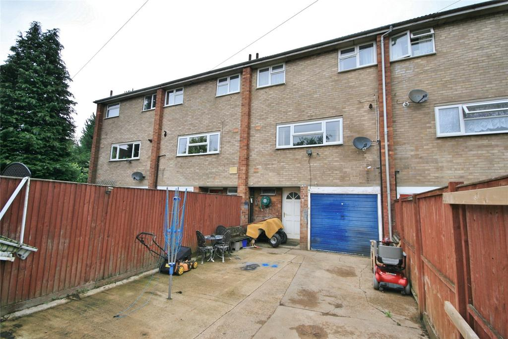 3 Bedrooms Terraced House for sale in Lymn Court, Grantham, NG31