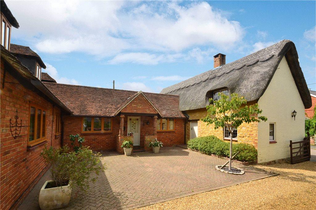 5 Bedrooms Detached House for sale in Little Horwood Road, Great Horwood, Buckinghamshire