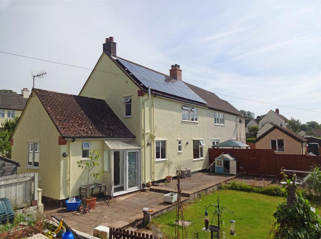 3 Bedrooms Semi Detached House for sale in Amory Road, Dulverton