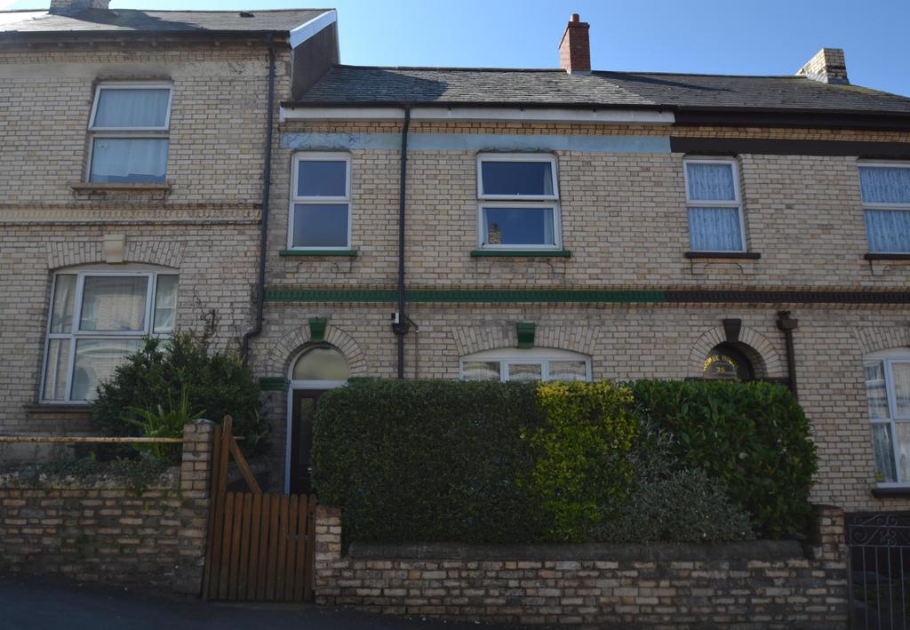 3 Bedrooms Terraced House for sale in Fort Street, Barnstaple