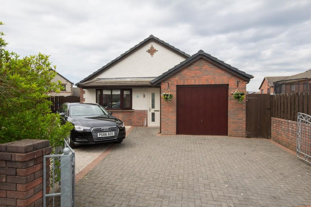 3 Bedrooms Detached Bungalow for sale in Plover Close, Askam-In-Furness