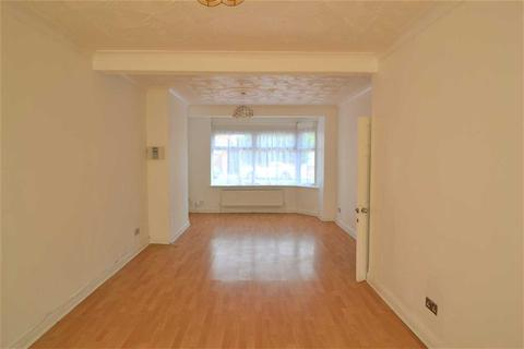 3 bedroom terraced house to rent - Quebec Road, Newbury Park, Ilford