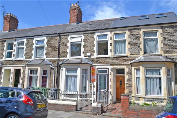 3 Bedrooms Terraced House for sale in ALLENSBANK CRESCENT, HEATH, CARDIFF