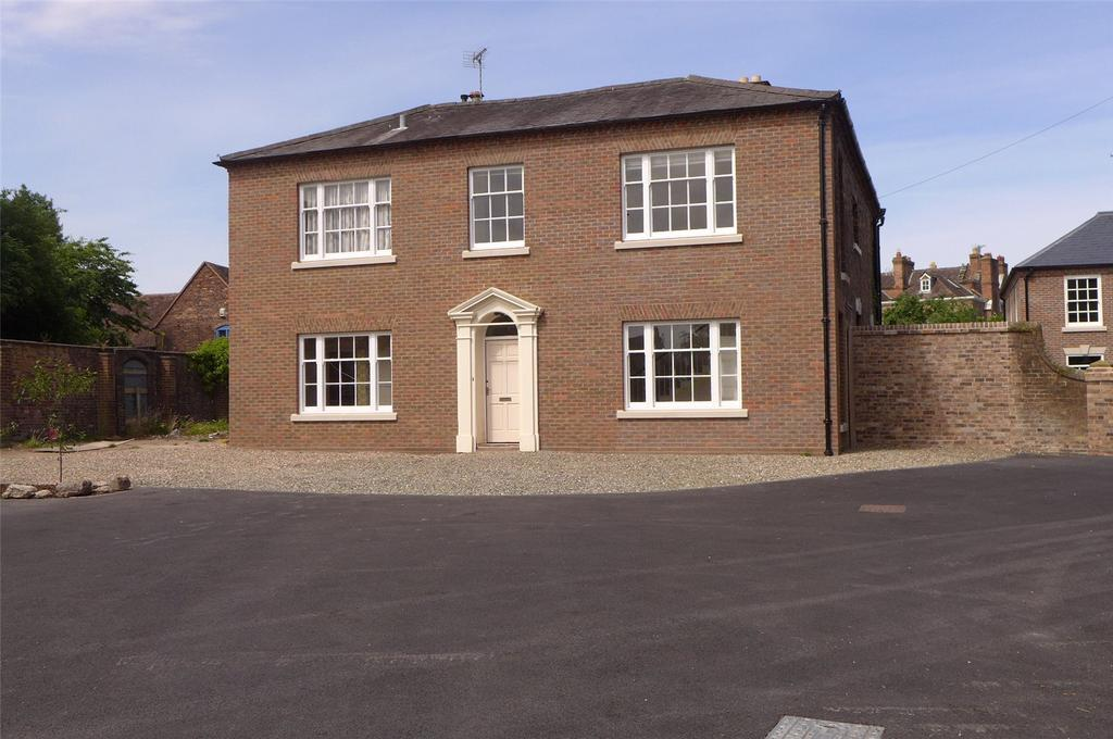 5 Bedrooms Detached House for sale in Church Street, Broseley, Shropshire