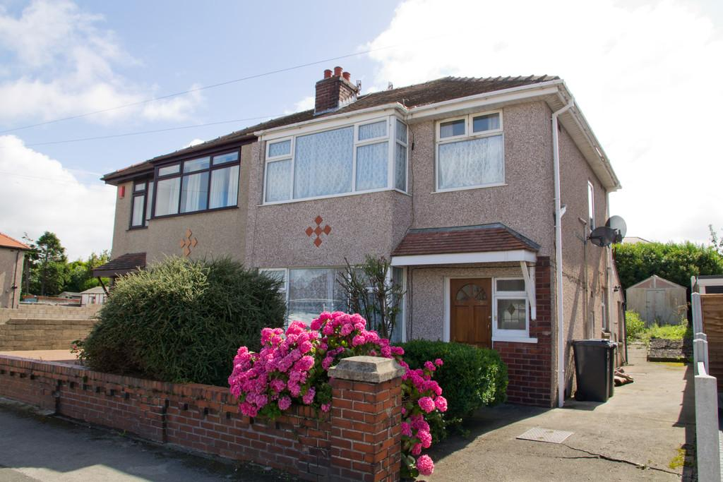 1 Bedroom Ground Flat for sale in 69 Schola Green Lane, Morecambe Lancashire, LA4 4PT