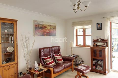 2 bedroom terraced house for sale - Dexter Road, Harefield