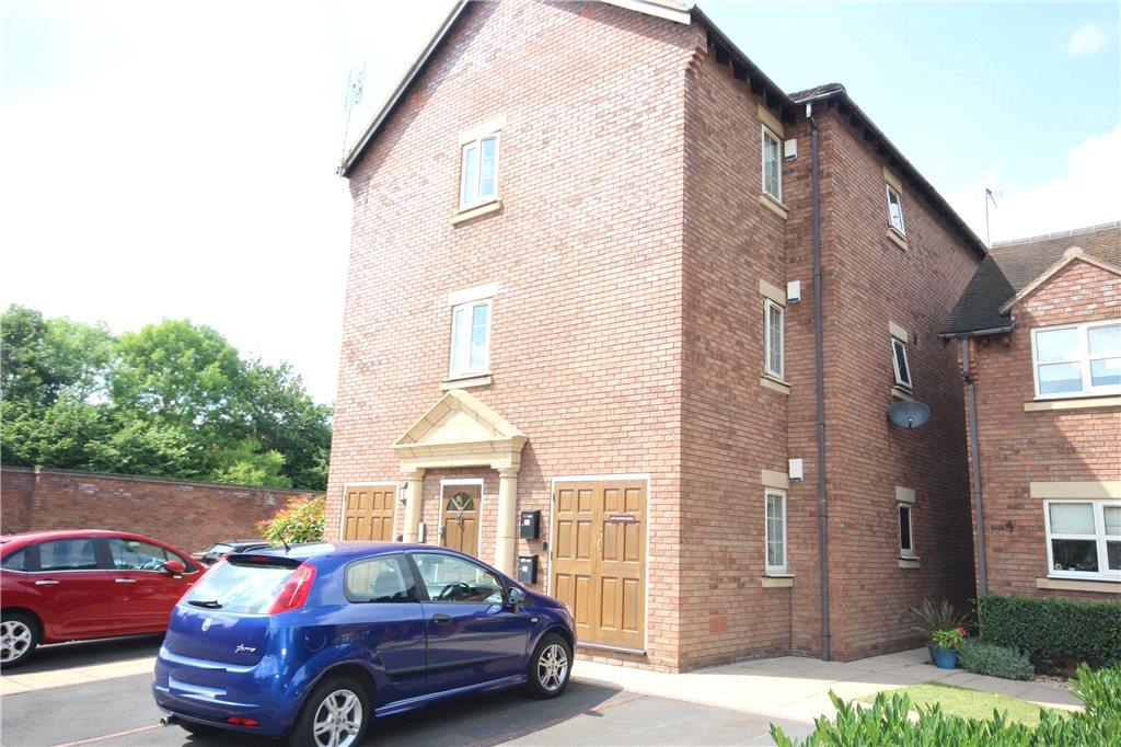 2 Bedrooms Apartment Flat for sale in The Spinney, Solihull, West Midlands, B91