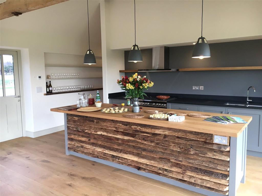 4 Bedrooms Barn Conversion Character Property for sale in Crockers Lane, Roman Road, South Creake, Norfolk, NR21