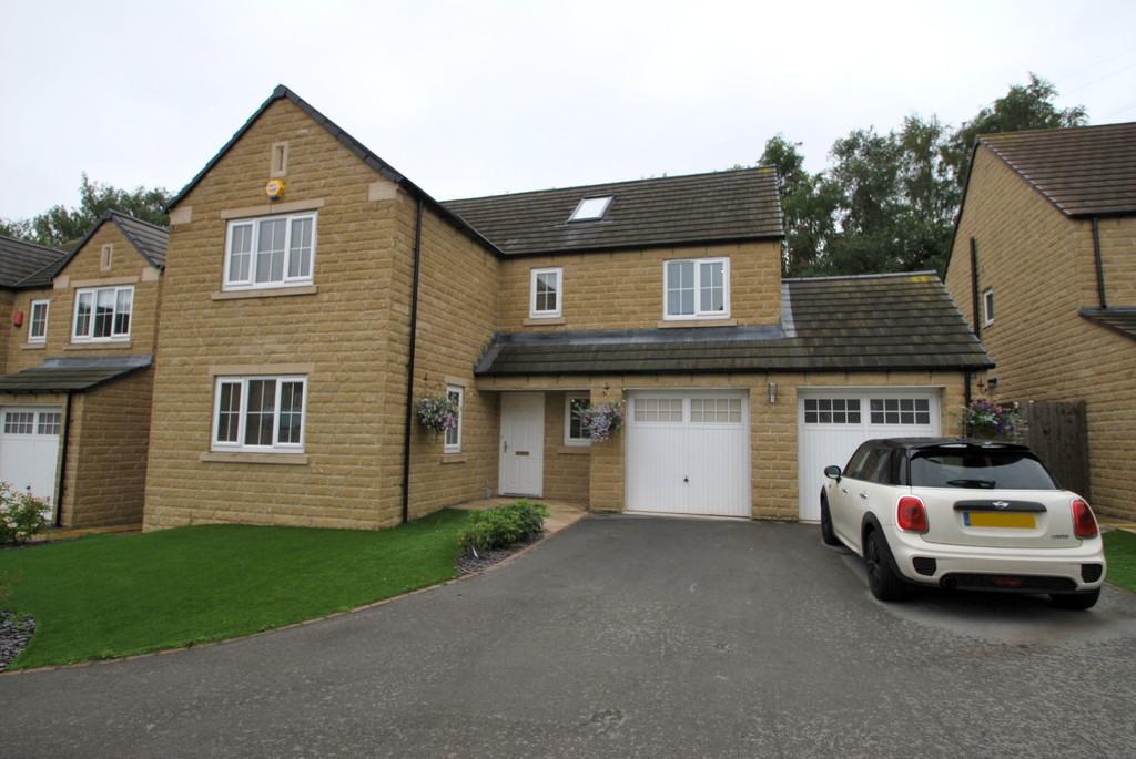6 Bedrooms Detached House for sale in Stoneway Mews, Green Moor, Wortley, S35 7ET