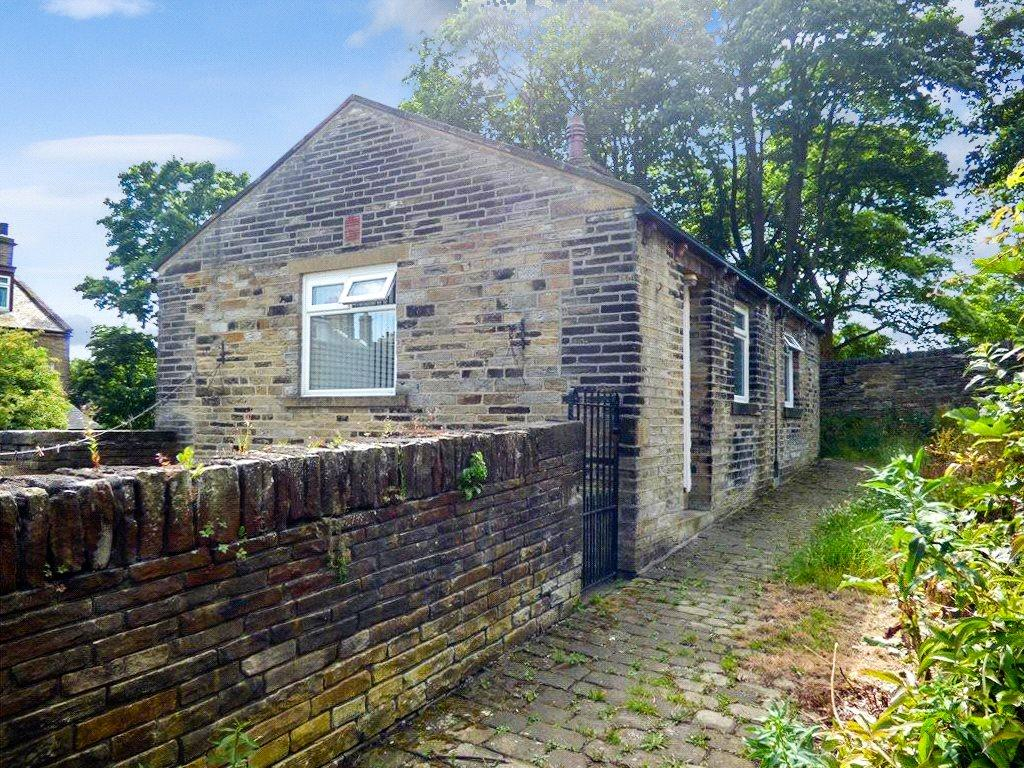 1 Bedroom Detached Bungalow for sale in Chapel Mews, Chapel Lane, Allerton, Bradford