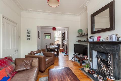 3 bedroom house to rent - LARKHALL LANE, SW4