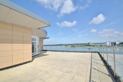 2 bedroom penthouse for sale - Poole