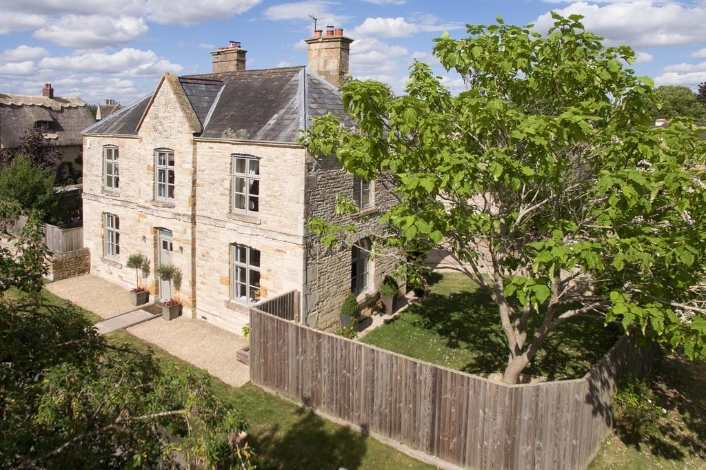 4 Bedrooms Detached House for sale in Armscote, Stratford-Upon-Avon