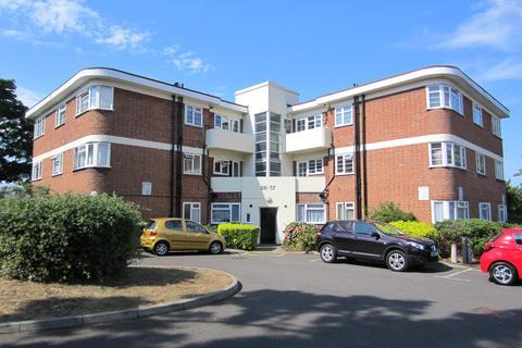 2 bedroom flat to rent - Benwood Court, Benhill Wood Road, Sutton sm1