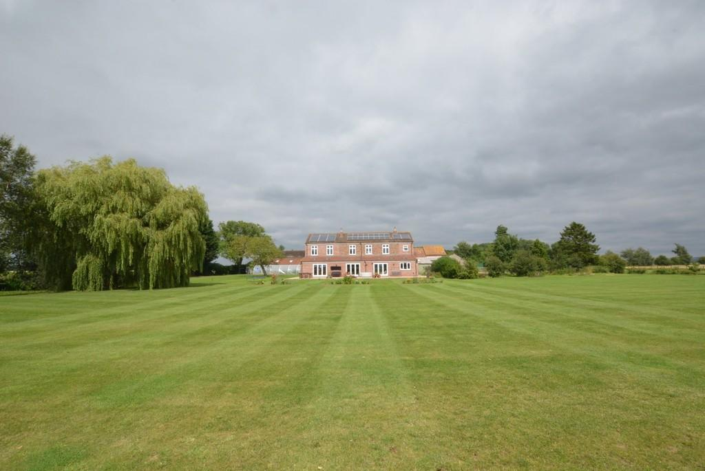 6 Bedrooms Detached House for sale in Holme-On-Spalding-Moor, North Yorkshire