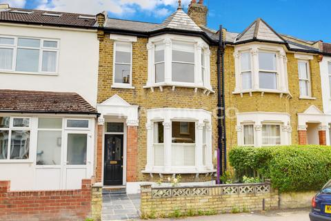 3 bedroom terraced house to rent - Chaucer Road, Wanstead