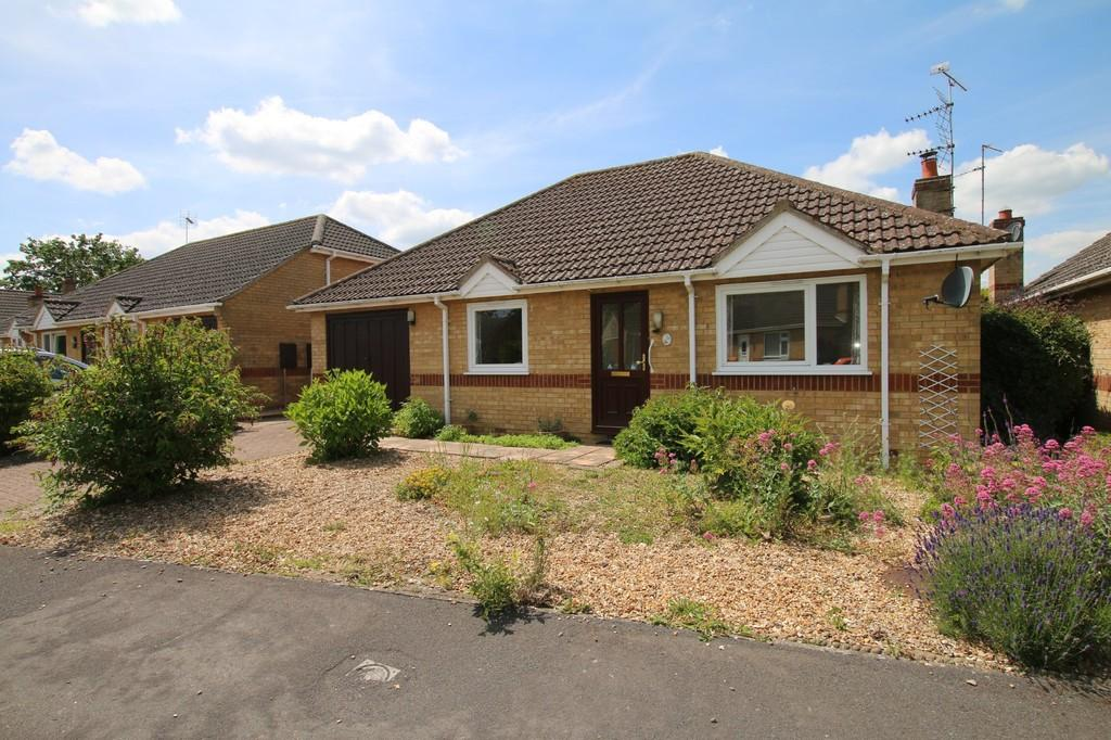 3 Bedrooms Detached Bungalow for sale in Linden Drive, Chatteris