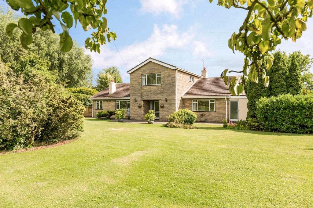 4 Bedrooms Detached House for sale in Greystone House, Fen Lane, Dunston, Lincoln, LN4