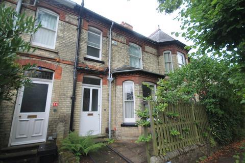 2 bedroom terraced house to rent - Humberstone Road, Cambridge