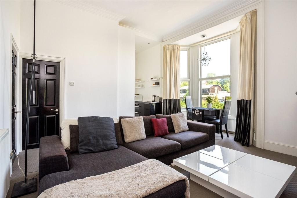 1 Bedroom Flat for sale in King Henry's Road, Primrose Hill, London, NW3