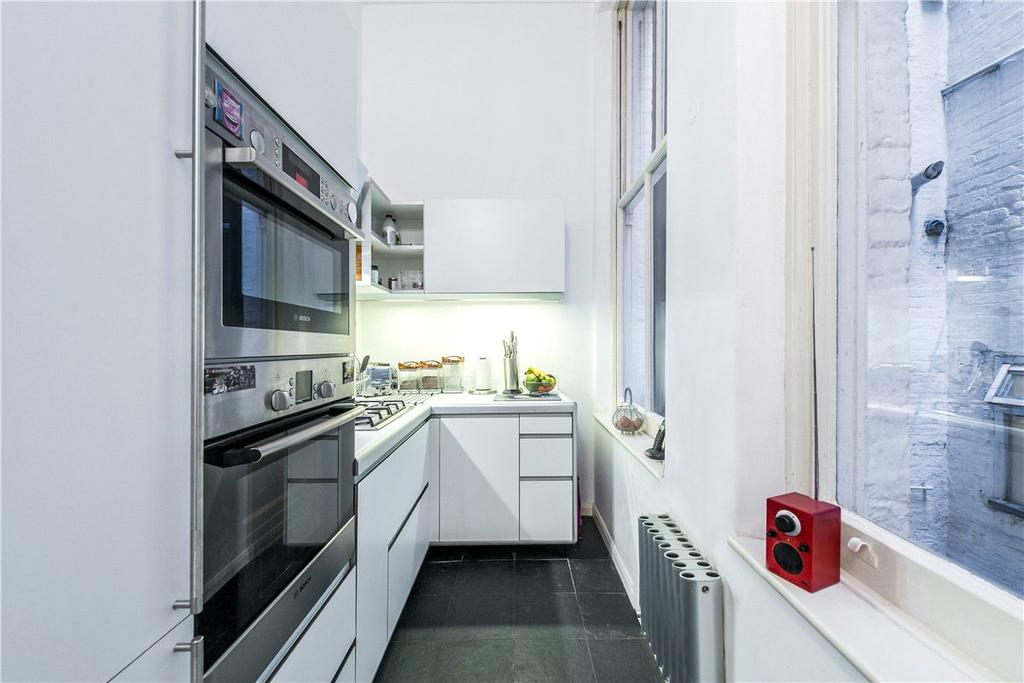 3 Bedrooms Maisonette Flat for sale in Old Brompton Road, London, SW5