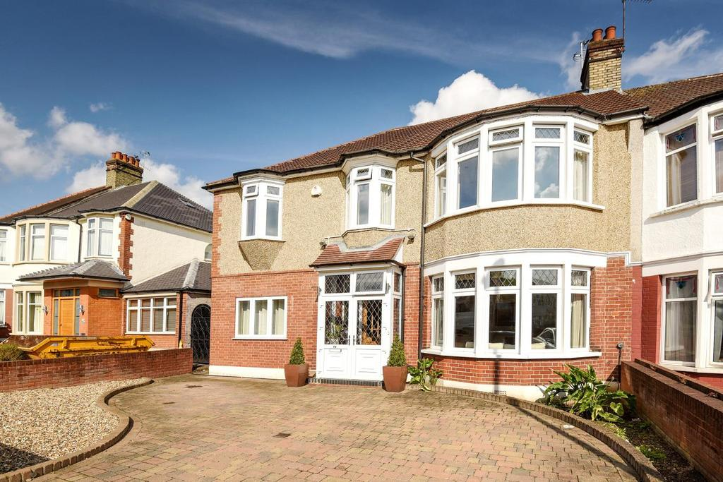 5 Bedrooms Semi Detached House for sale in Woodland Way, Winchmore Hill