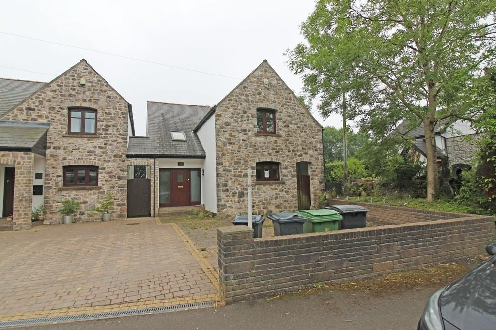 4 Bedrooms Detached House for sale in Cefn Bychan, Pentyrch