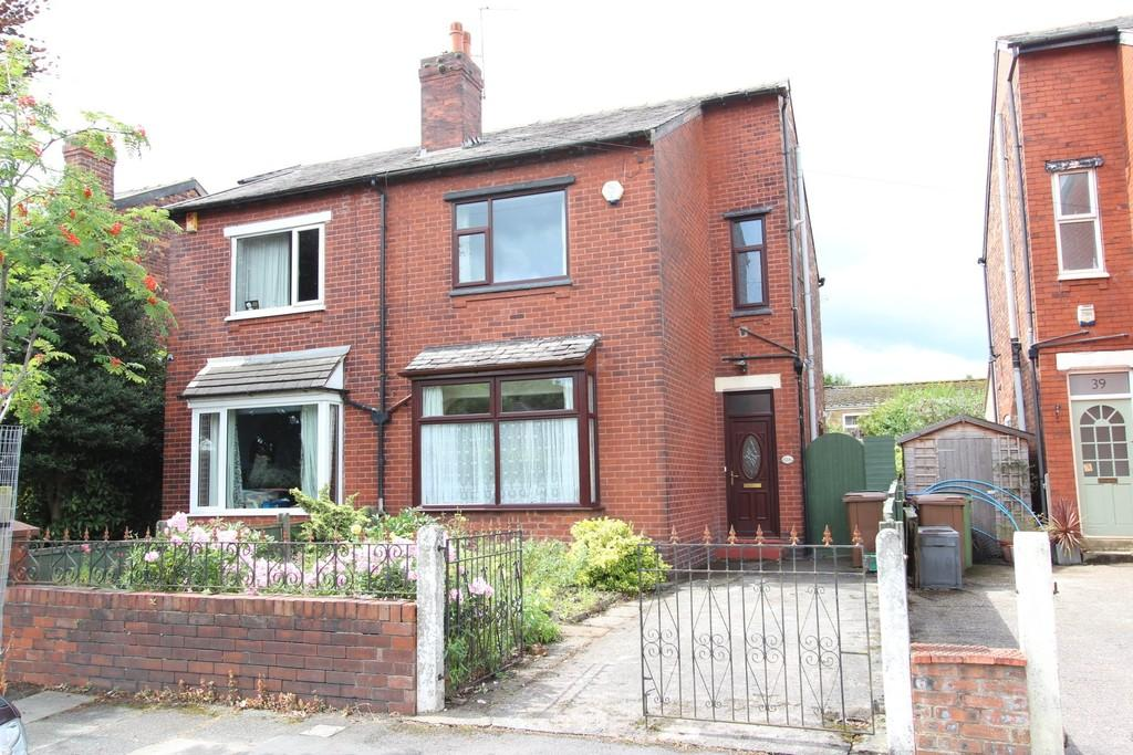 3 Bedrooms Semi Detached House for sale in Nursery Road, Heaton Norris