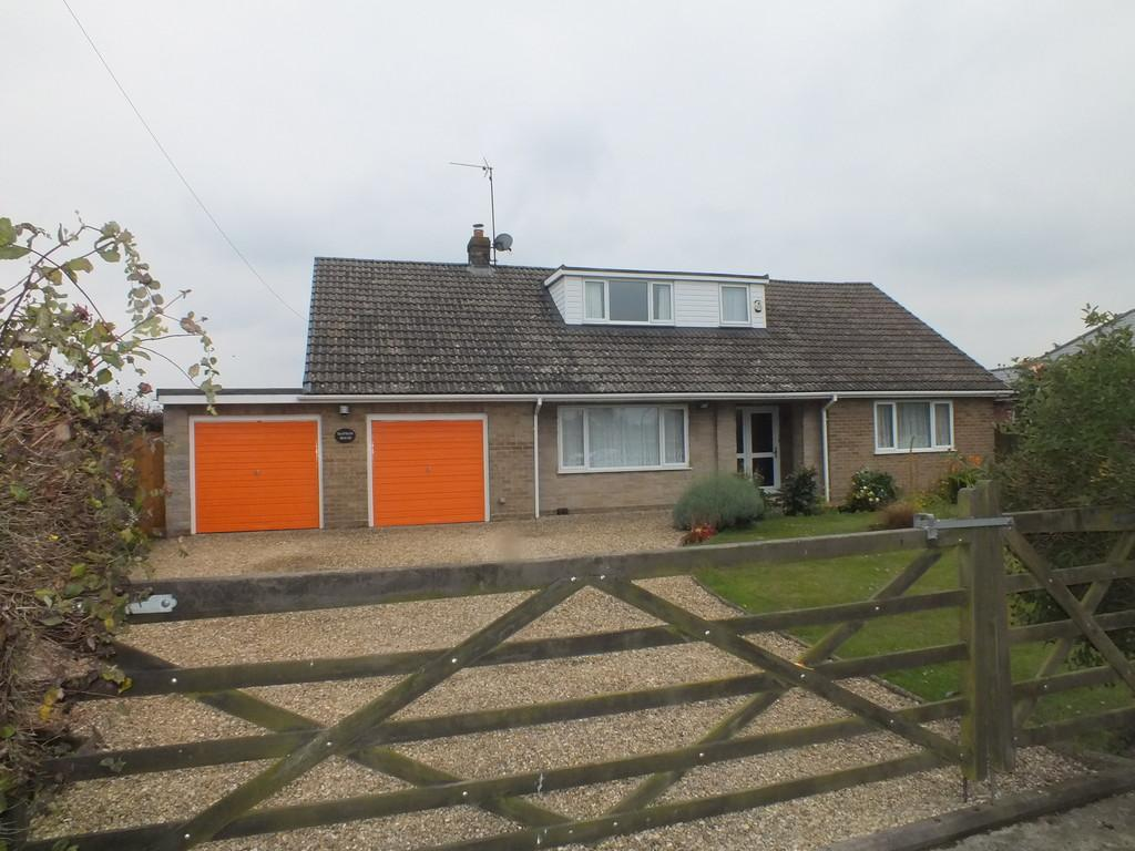 4 Bedrooms Detached Bungalow for sale in Swindlers Drove, Low Fulney