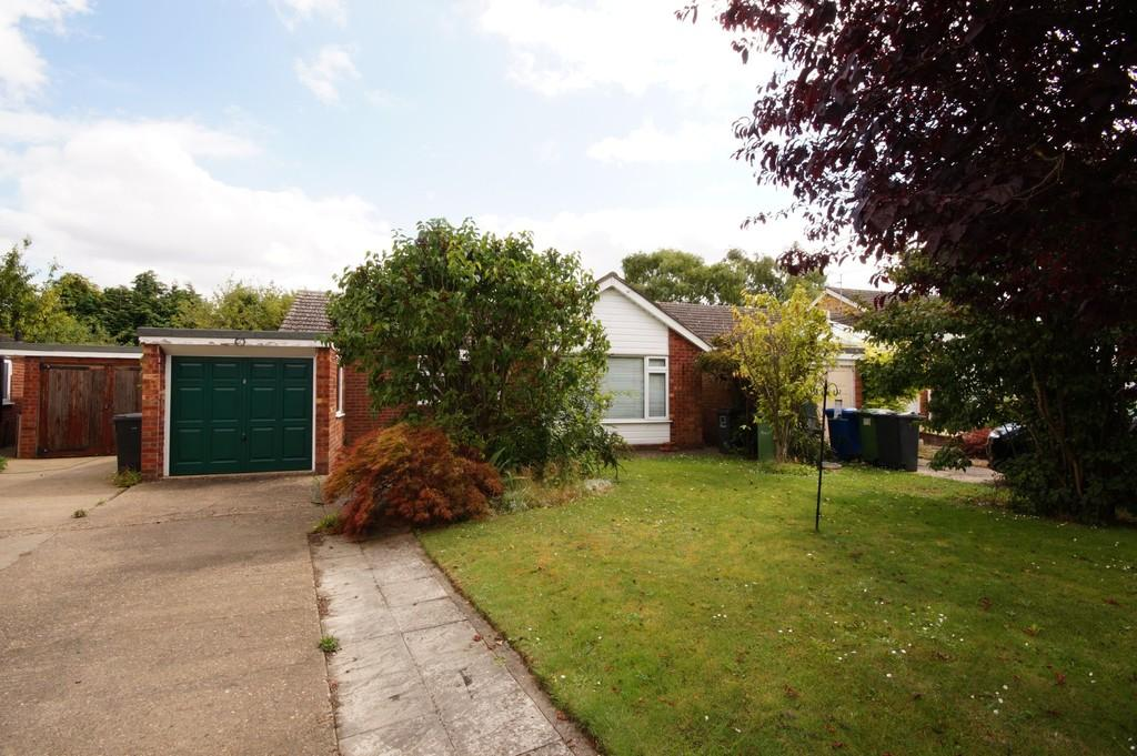 3 Bedrooms Detached Bungalow for sale in Brookfield Avenue, Nettleham
