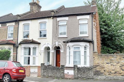 3 bedroom end of terrace house for sale - Kingsdown Road, Leytonstone