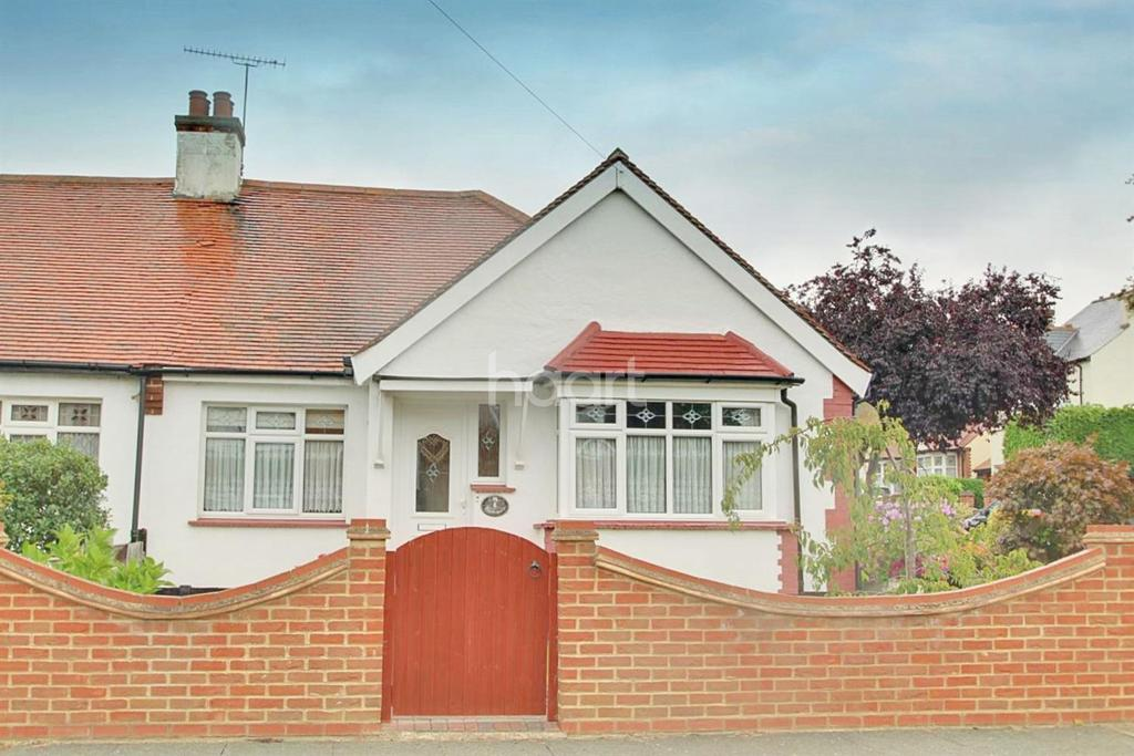 3 Bedrooms Bungalow for sale in Shakespeare Avenue