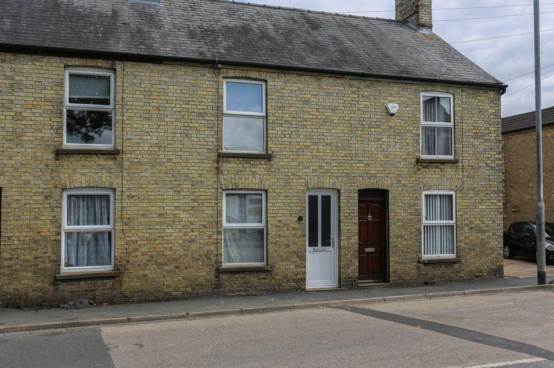 2 Bedrooms Terraced House for sale in Ely Road, Littleport