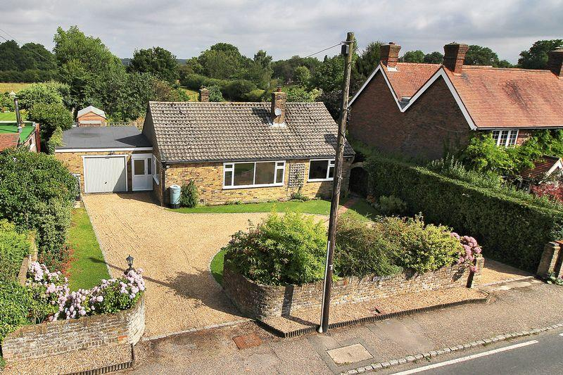 4 Bedrooms Detached Bungalow for sale in Handcross Road, Plummers Plain, Horsham