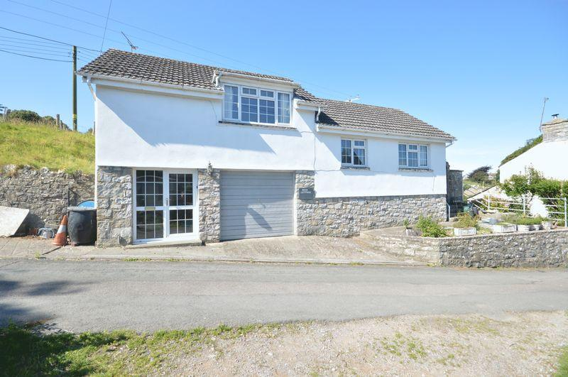 2 Bedrooms Detached House for sale in Rock Cottage, Llantwit Major, Vale of Glamorgan CF61 1WW