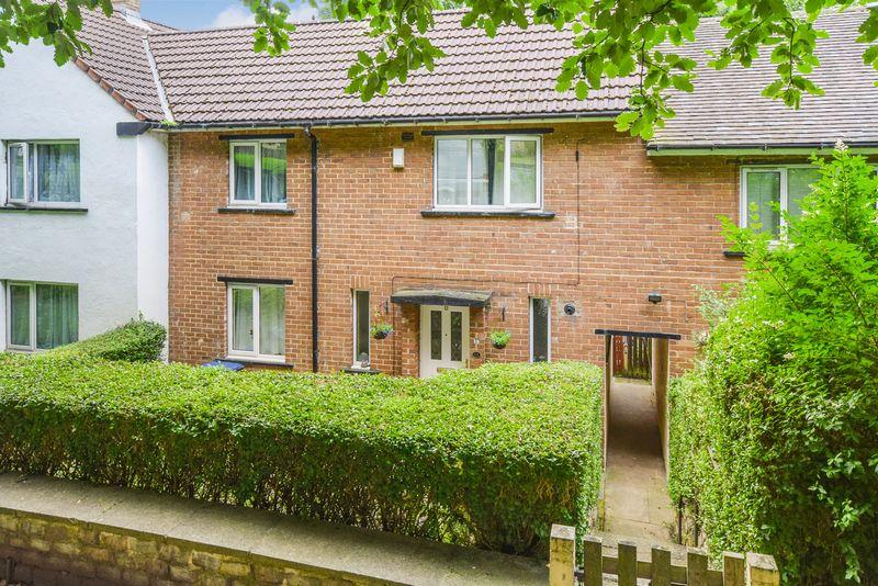 2 Bedrooms Town House for sale in Greenfield Avenue, Shipley