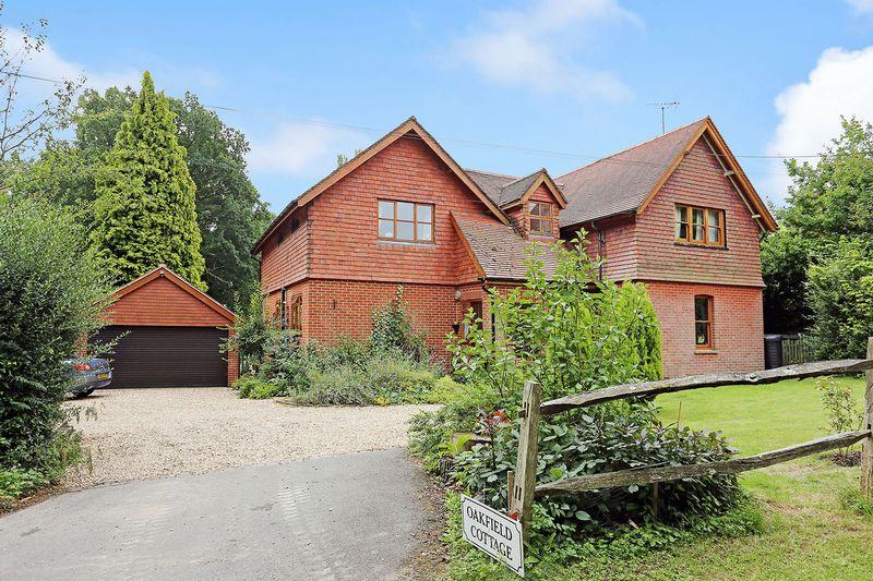 5 Bedrooms Detached House for sale in Brantridge Lane, Balcombe