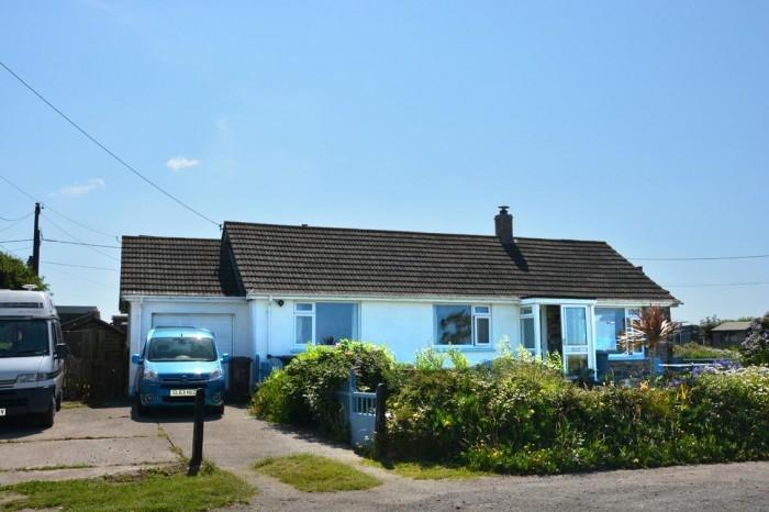 3 Bedrooms Bungalow for sale in 6 PARC BRAWSE, THE LIZARD, TR12