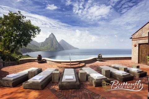 6 bedroom detached house  - Soufriere, St Lucia, St Lucia