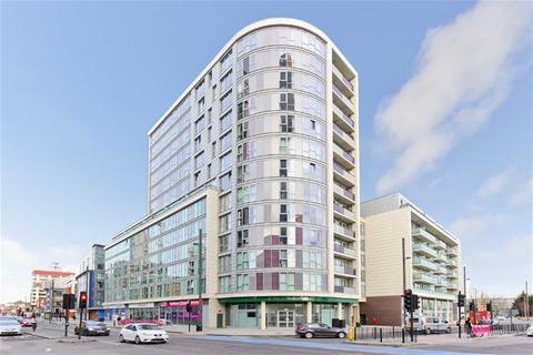 1 bedroom flat for sale - Rick Roberts Way,, Stratford