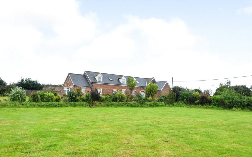 3 Bedrooms Semi Detached House for sale in West Farm Paddocks, Cold Hesledon, Seaham, Co.Durham, SR7
