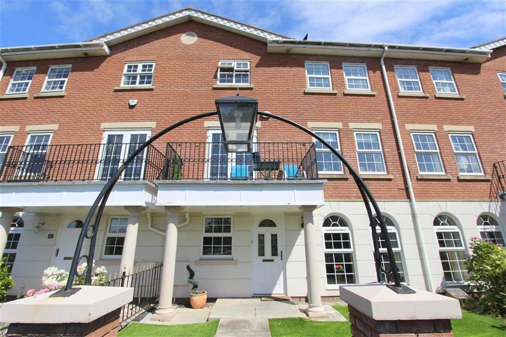 4 Bedrooms Terraced House for sale in Coopers Row, Lytham St Annes, Lancashire