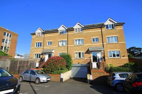 1 bedroom flat for sale - Gemini Place, Chertsey Road, Ashford, TW15