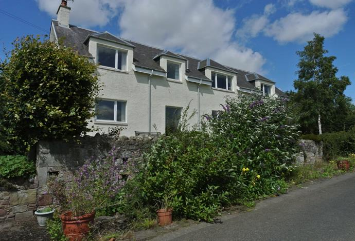 5 Bedrooms Detached House for sale in Hillend Cliftonhill, Ednam, TD5 7QE